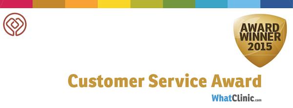 """Η κλινική Παπαϊωάννου κερδίζει το βραβείο """"Excellent Customer Service"""" από τη WhatClinic.com"""